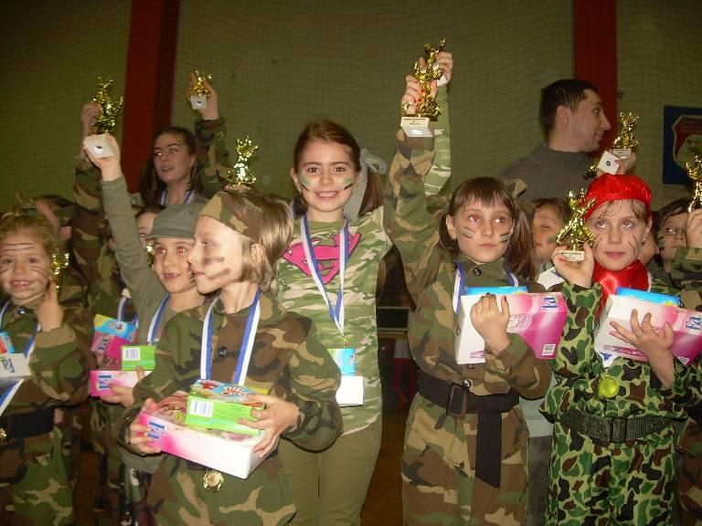 Mihai Petre a premiat elevii talentaţi la ultima ediţie a Festivalului de Iarnă al Dansului!