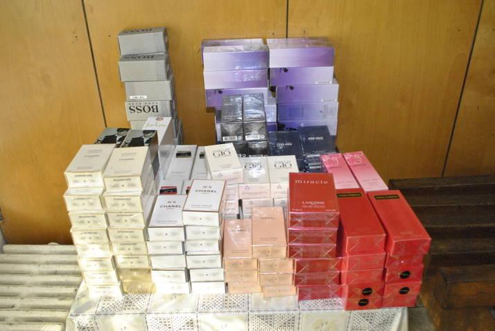 Transport ilegal de peşte şi icre la Constanţa şi Pardina si Parfum contrafăcut la Ostrov