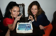 Trupa Like Chocolate a primit de Ziua Femeii un tort personalizat de la un fan