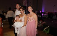 Delia Antal a venit special de la Londra pentru botezul fetitei Cristinei Spatar!