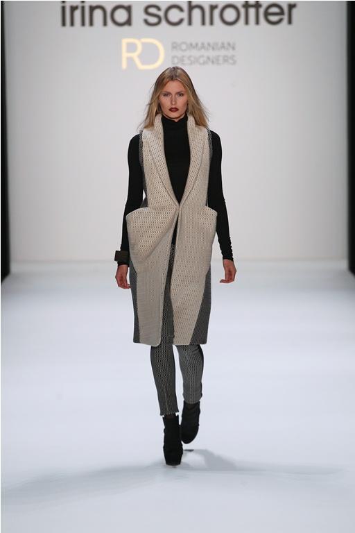 Irina Schrotter revine la Berlin Fashion Week
