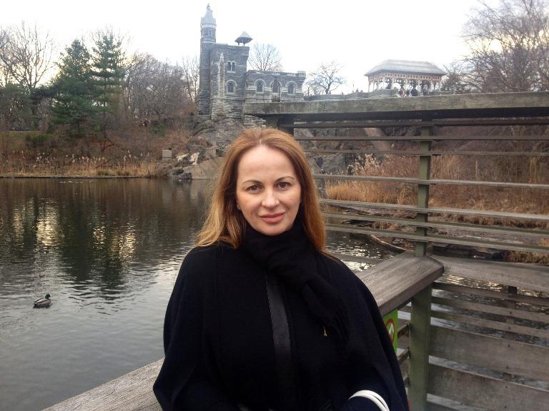 Delia Antal se rasfata in America