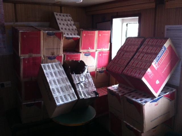 Aproximativ 650.000 de ţigarete de contrabandă, confiscate în Portul  Constanţa şi municipiul Constanţa