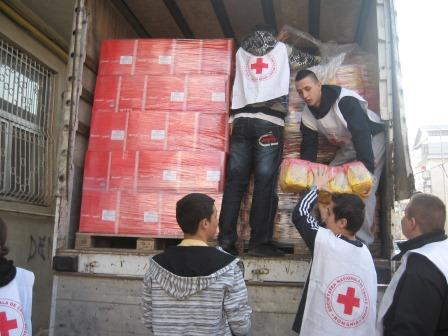 Fundația Internațională Carrefour, Carrefour România și Crucea Roșie au sprijinit cu alimente 15.800 de familii nevoiașe din 18 judete