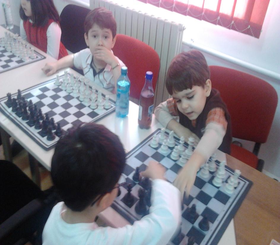 """Gradinita Amicii din Constanta s-a calificat la faza pe judet a Proiectului """"Șahul ca o poveste"""""""