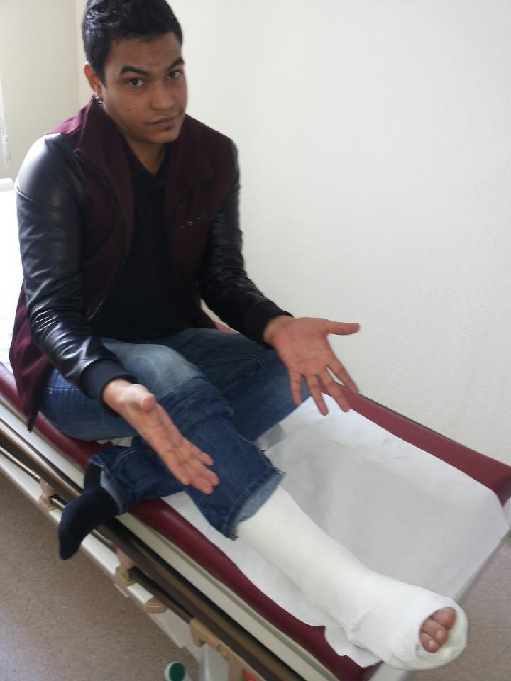 Alejandro a ajuns la spital cu entorsa dupa un meci cu prietenii
