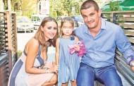 Marcel Sârbu, agresat de Roxana ex-Trident de faţă cu fetiţa!