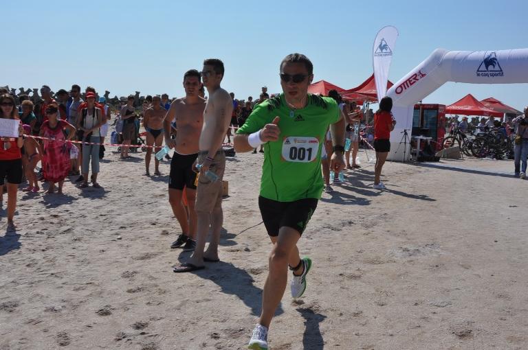 Primarul Cristian Radu a dat startul şi a participat la un triathlon în Olimp