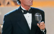 Julio Iglesias se pregăteşte pentru a doua întâlnire cu publicul bucureşten