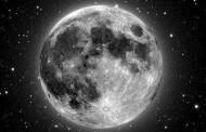 Ploaie de meteoriti si Super-Luna pe cerul Romaniei