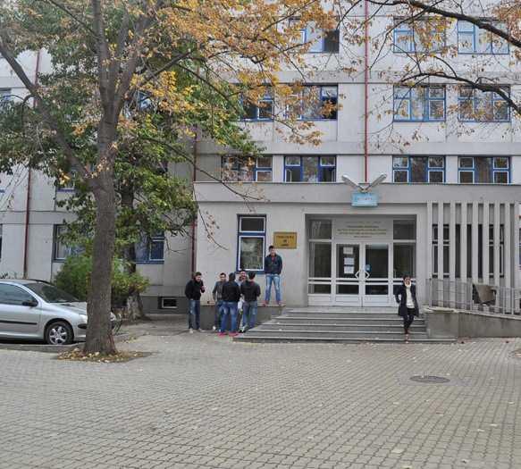 """Cazarea studenților în căminele Universității """"Ovidius"""" din Constanța se va face la sfârșitul lunii septembrie"""