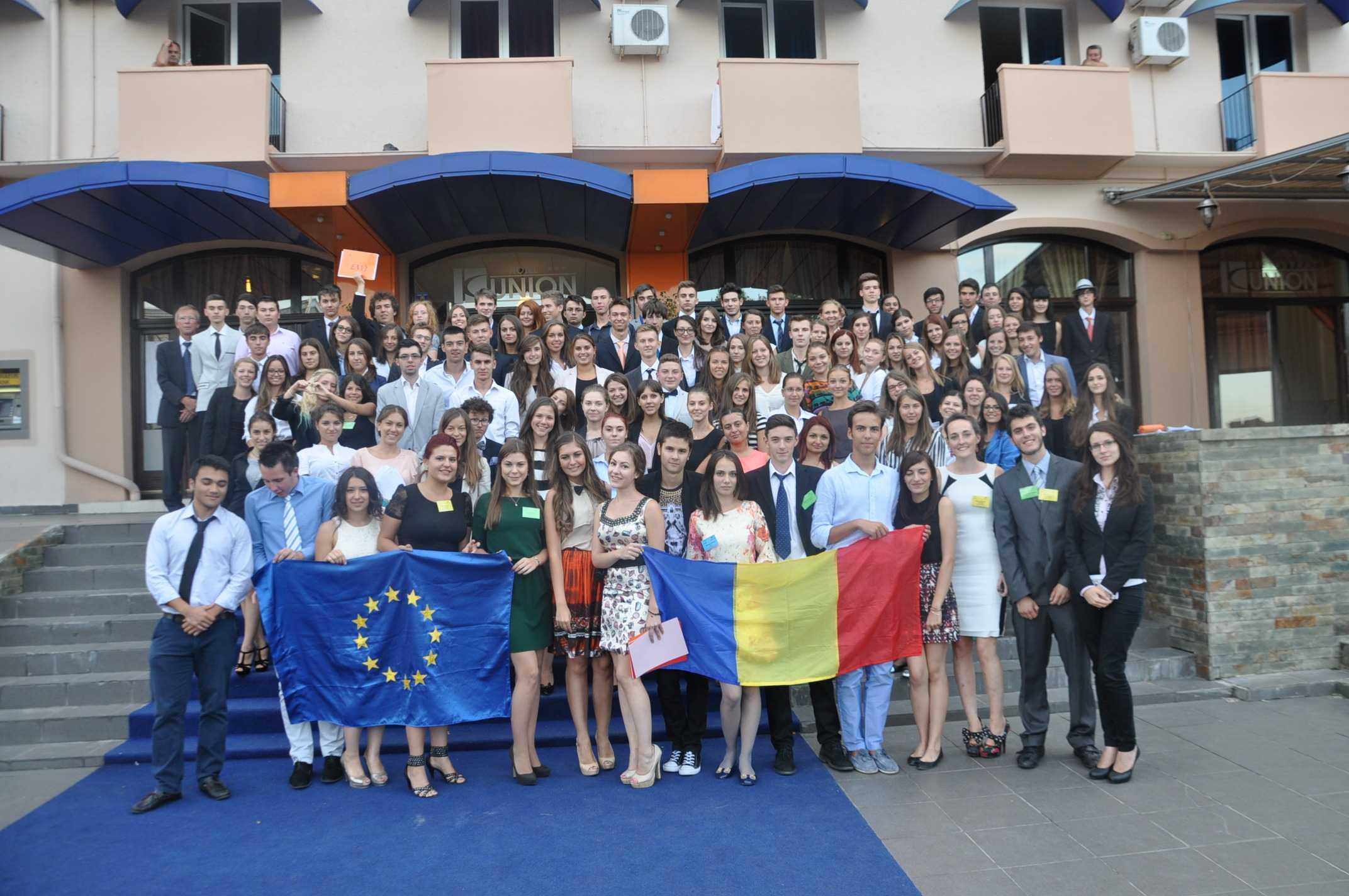 9 tineri din Constanța vor participa la o sesiune internațională de simulare a Parlamentului European