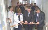 """Dean Thompson a participat la inaugurarea secţiei renovate a spitalului de copii """"Sfânta Maria"""" din Iaşi"""