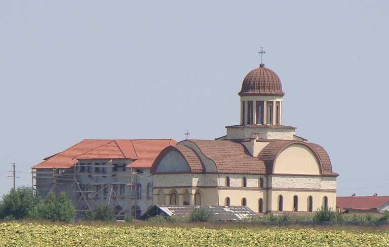 De Sf. Maria mica se va sfinti biserica manastirii 23 August