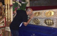 Marcel Pavel s-a închinat la moaștele Sf.Paraschiva de la Iași!
