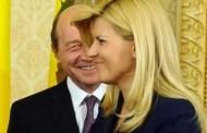 Traian Băsescu a semnat pentru Elena Udrea