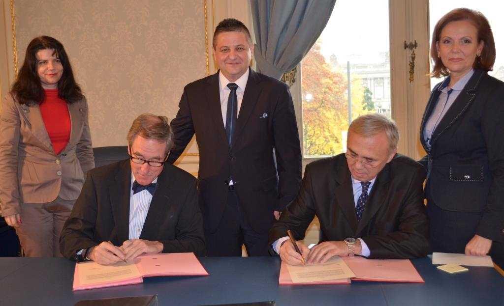 Navigatorii români vor putea naviga pe Rin cu certificate eliberate de CERONAV