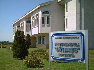 """Simpozionul """"Din istoria tătarilor"""" la Universitatea Ovidius"""