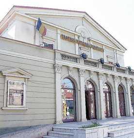 """""""Batrâna şi hotul"""" şi """"Jurnal de România.Contanţa"""" pe scena Teatrului de Stat Constanţa"""