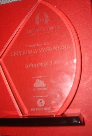 """Infopress Tv a castigat Trofeul la sectiunea MassMedia """"Oameni de valoare"""""""