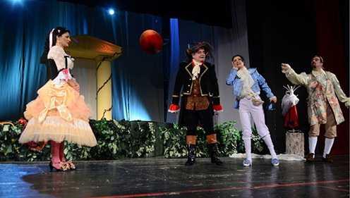 Comedii de weekend la Teatrul de Stat Constanța