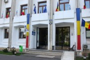 Primăria municipiului Constanța distribuie ghiozdane și rechizite școlare pentru toți elevii