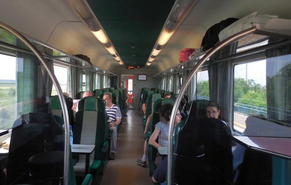 Mai multe trenuri la Parcul de distracții Divertiland Chiajna