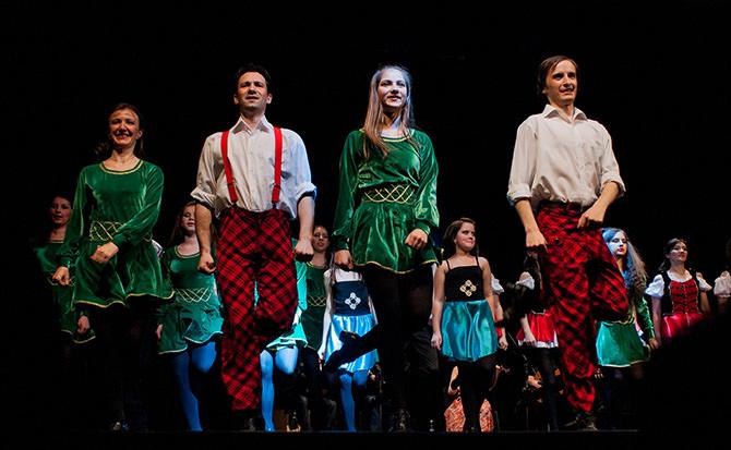 Spectacolul de dans irlandez Saint Patrick and Friends ia cu asalt litoralul