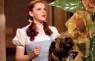 1,56 de milioane de dolari pentru rochia lui Judy Garland