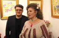 """FUEGO și-a expus picturile în cadrul vernisajului """"Flori de Rouă"""""""