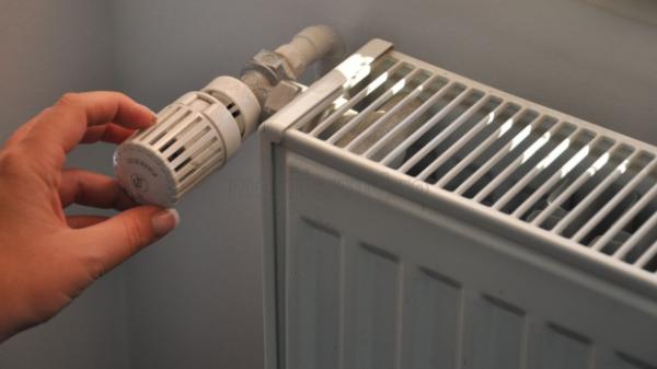 Constănțenii pot depune începând de mâine cererile și declarațiile pe proprie răspundere pentru a beneficia de ajutorul de încălzire a locuinței și pentru suplimentul de energie.