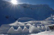 Aventură de iarnă în vârful Carpaţilor la Hotelul de Gheaţă