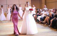 Designerul Andreea Dogaru vinde rochia de mireasă imbracata de Ramona Gabor la un eveniment important din Dubai!