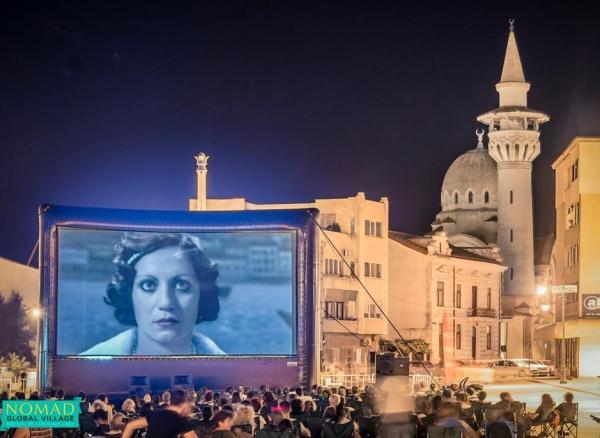 Filme de Oscar proiectate gratuit în Piața Ovidiu și pe faleza Cazino din Constanța