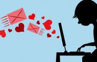 Flirtul online înseamnă infidelitatea în relaţie?