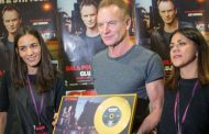 Sting primeste in Romania un disc de aur
