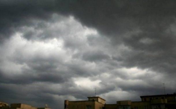 Cod portocaliu de ploi cu intensificări puternice ale vântului în Dobrogea