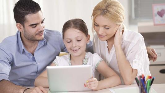 De ce este important ca părinții să se concentreze pe propria bunăstare