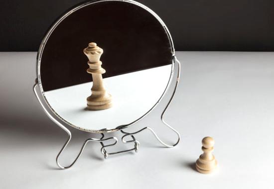 17 semne că suferi de narcisism