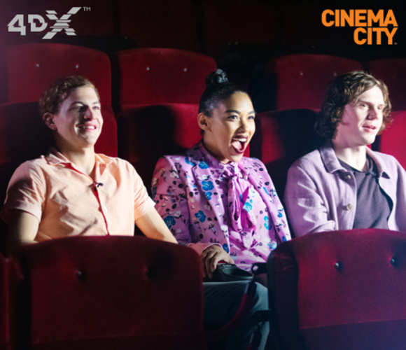 """De la """"X-Men"""" la 4DX-Men. Starurile francizei au experimentat adevărata forță a supereroilor, într-o sală 4DX"""