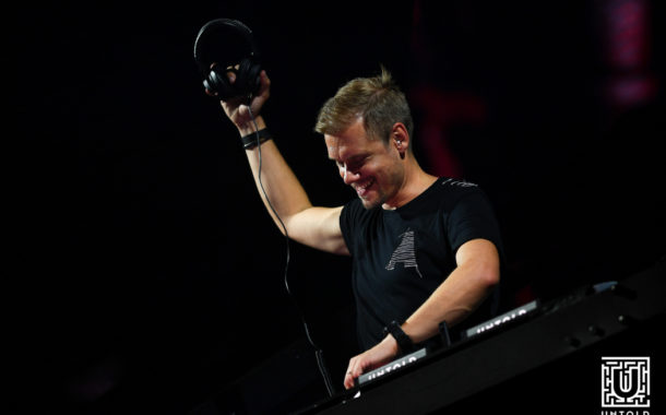 Armin UNTOLD, show deschis cu orchestra Operei din Cluj și cu imnul național al României(FOTO)