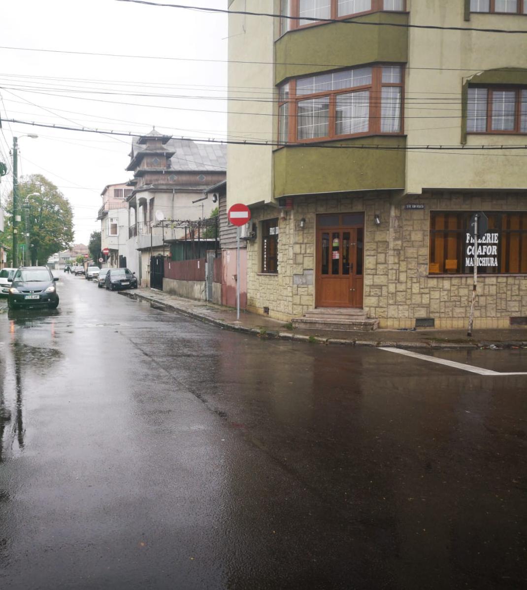 Sens unic pe strada Dumitru Marinescu