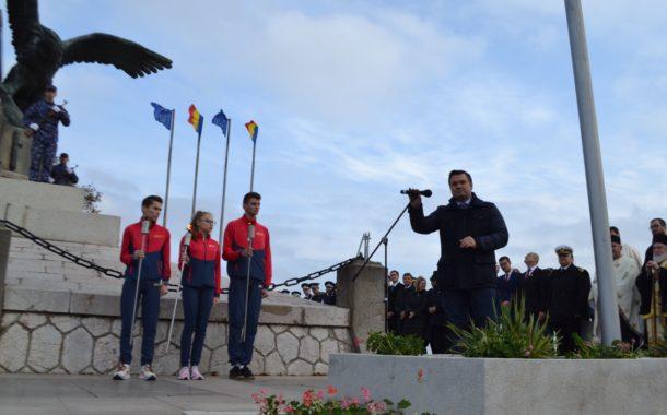 Făclia Spiritului Dobrogean, aprinsă la Monumentul Independenței, de Ziua Dobrogei
