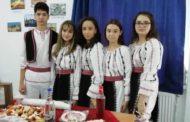 """LICEUL TEORETIC """"NICOLAE BĂLCESCU"""" –  """"Unitate și Diversitate"""" de Ziua Natională a României"""