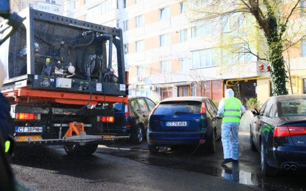 A început dezinfectia străzilor și trotuarelor din Constanța