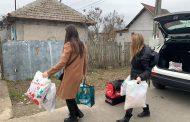 """Grădinițele Piticot și 33 din Constanța au fost """"Moș Crăciun"""" pentru o familie din Pecineaga"""