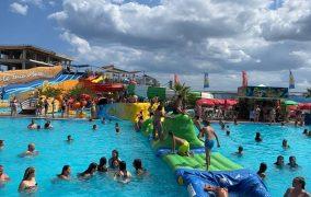 Vara aceasta vă răcoriți pe toboganele acvatice din Eforie Nord